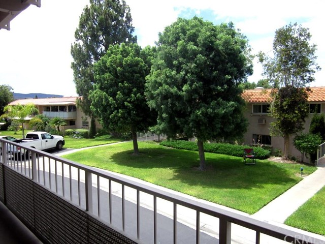 2290 Via Puerta, Orange, California 92637, 2 Bedrooms Bedrooms, ,2 BathroomsBathrooms,CONDO,For sale,Via Puerta,OC15159555