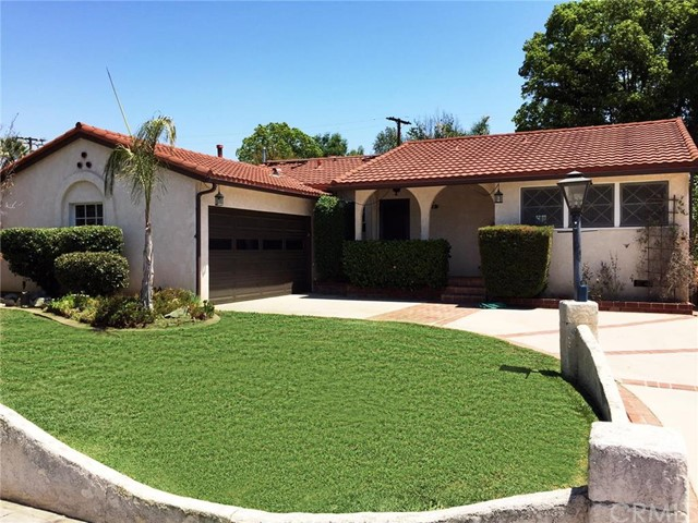 8926 Valjean Avenue, North Hills CA 91343