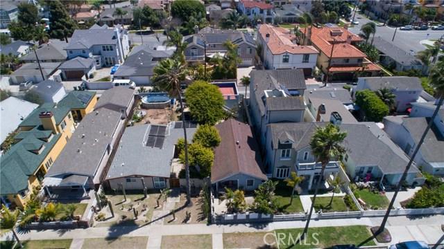 716 14th Street, Huntington Beach CA: http://media.crmls.org/medias/5283ff8e-6daa-410a-93ea-25acc38d3228.jpg