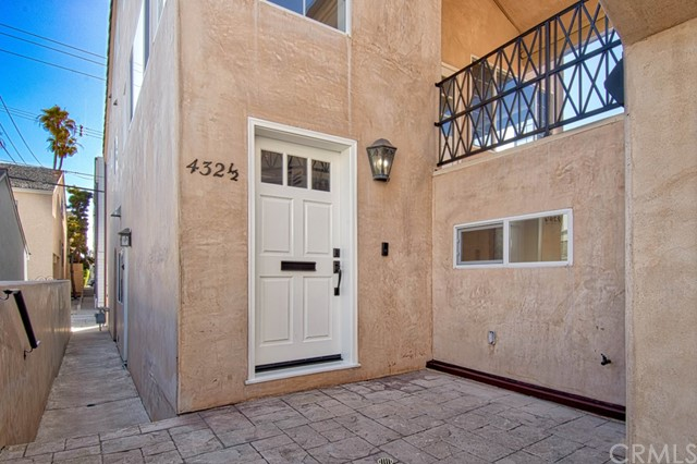 Photo of 432 Fernleaf Avenue, Corona del Mar, CA 92625