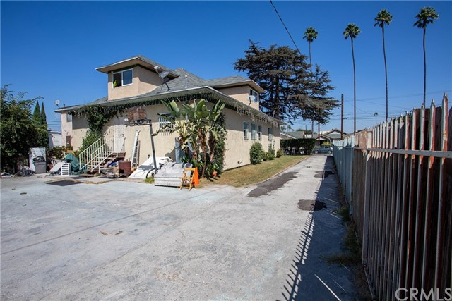 1128 W 39th St, Los Angeles, CA 90037 Photo 13
