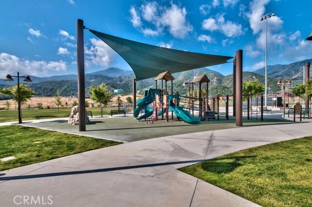 24899 Coral Canyon Road, Corona CA: http://media.crmls.org/medias/5294de49-0137-4f15-8d4c-7985baab432c.jpg