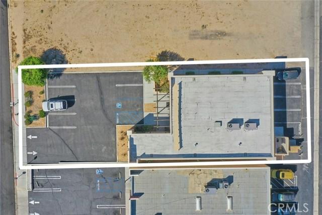 16057 Kamana Road, Apple Valley CA: http://media.crmls.org/medias/529becc9-db7f-4999-b0d3-ccb36c7935ed.jpg