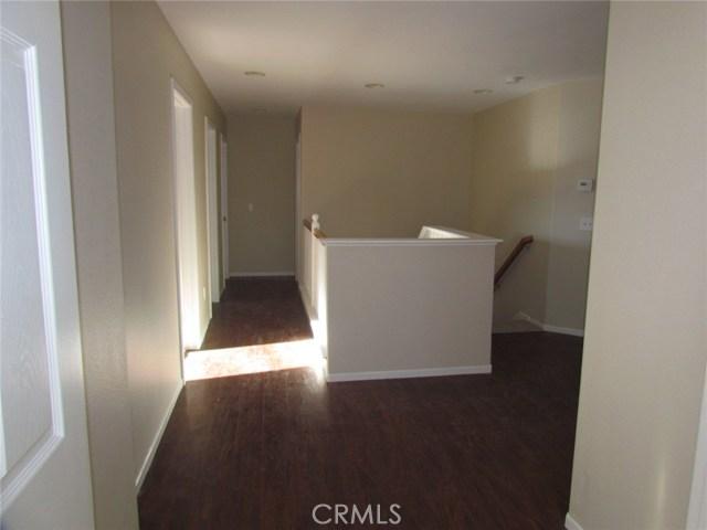 42205 57th W Street, Quartz Hill CA: http://media.crmls.org/medias/529e23a5-7eda-4dcb-a4dd-0809cc6824ff.jpg