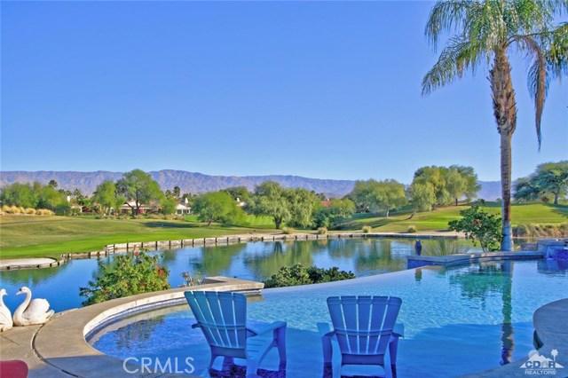 104 Loch Lomond Road, Rancho Mirage CA: http://media.crmls.org/medias/52a4f4dc-ca9f-4ed4-bd8b-79da82d31629.jpg