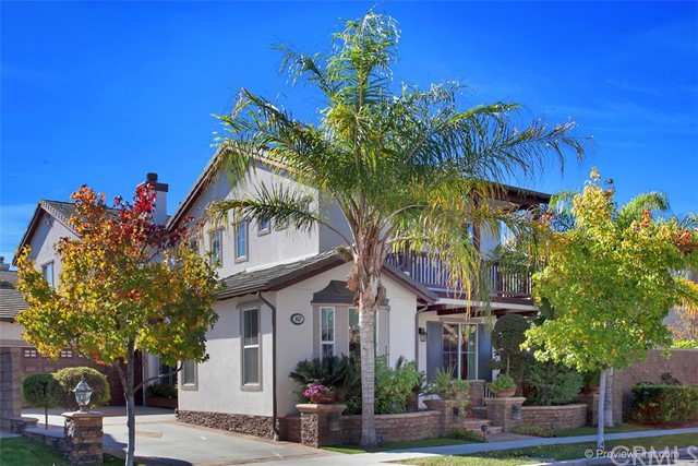 Single Family Home for Sale at 657 Loran St Tustin, California 92782 United States