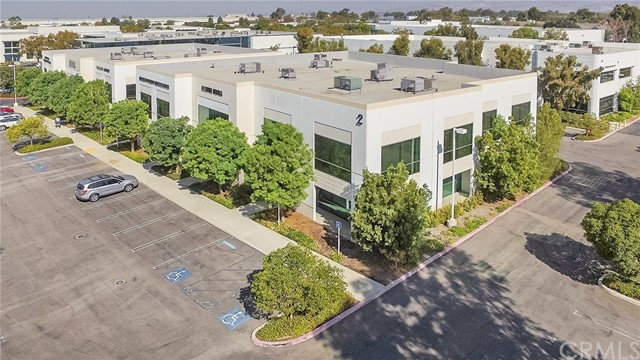 2 Hughes, Irvine, CA 92618 Photo 2