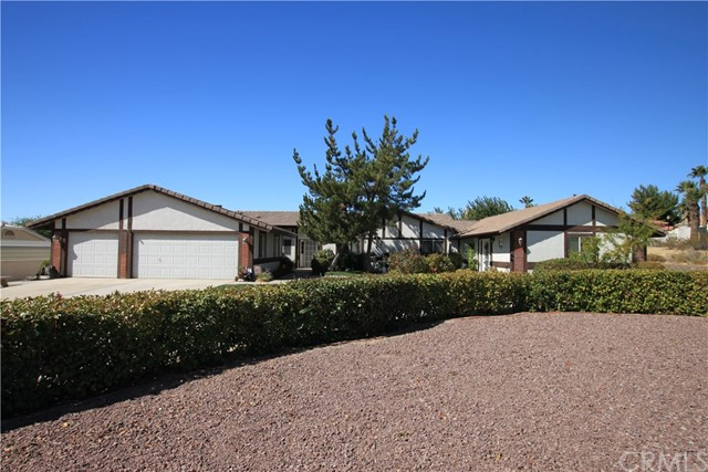 16258 Chiwi Road, Apple Valley, CA, 92307