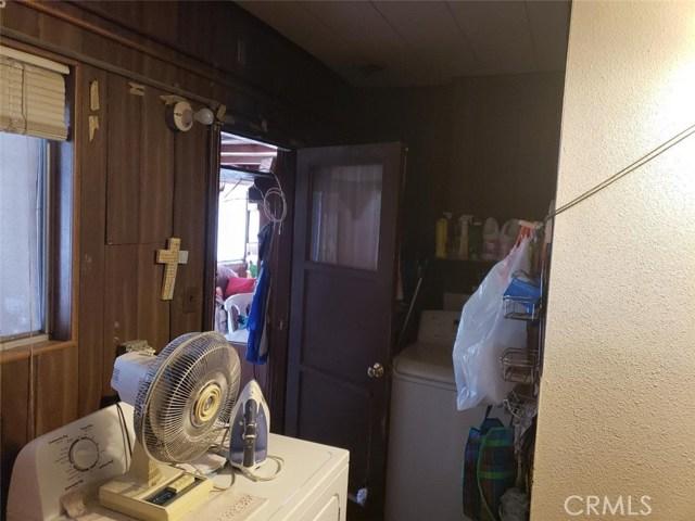 119 Cordova Street, Oxnard CA: http://media.crmls.org/medias/52d10183-0683-4ab3-b115-1c0e938c4e72.jpg