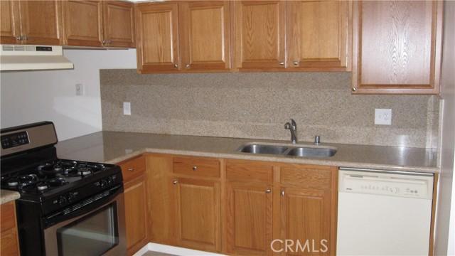135 Cook Street, Redlands CA: http://media.crmls.org/medias/52d83098-09bd-4816-b4c3-a175c2160636.jpg