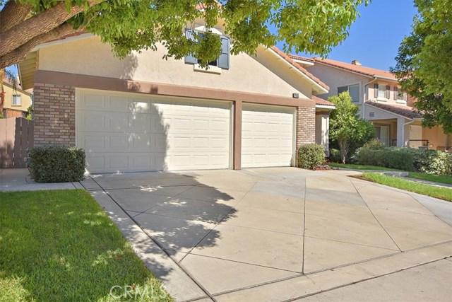 7695 Massachusetts Place, Rancho Cucamonga CA: http://media.crmls.org/medias/52e54407-91da-4c79-a755-c339a1ffa71e.jpg
