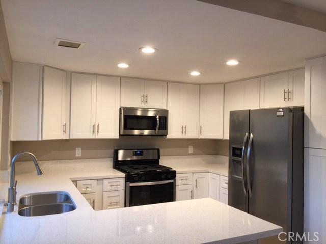 Condominium for Rent at 22 Butterfield Irvine, California 92604 United States