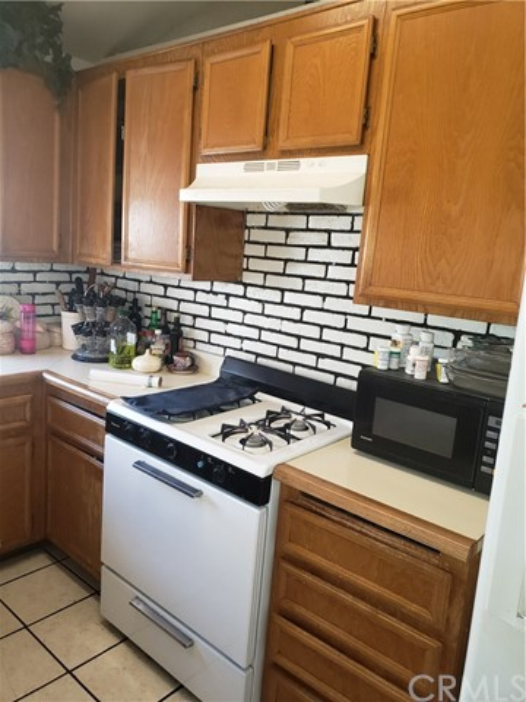 13815 Pheasant Knoll Lane, Moreno Valley CA: http://media.crmls.org/medias/52ecc841-45fb-44af-b4f2-c3006e70bac3.jpg