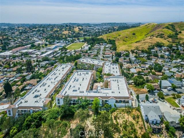 4760 Templeton Street, Los Angeles CA: http://media.crmls.org/medias/52fb1586-29a8-46f9-9a80-2233d532d0f6.jpg