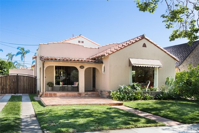 Single Family Home for Sale at 2458 Riverside Drive N Santa Ana, California 92706 United States