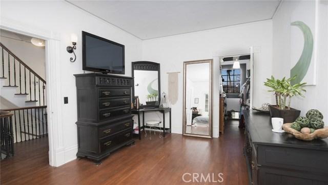 1311 S Center Street, Redlands CA: http://media.crmls.org/medias/5308059d-c2ea-47ba-aec9-847877fb98c4.jpg