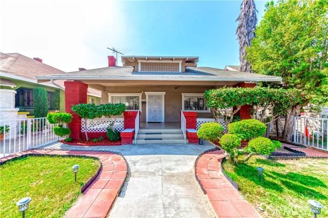 2040 W 31st Street, Los Angeles CA: http://media.crmls.org/medias/530dcd2b-5ad4-489f-9c6e-9c097aae0237.jpg