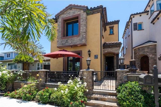 212 Baltimore Avenue, Huntington Beach, California