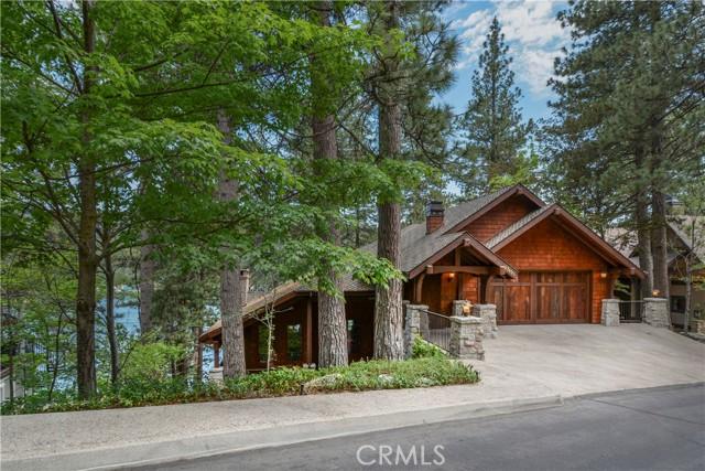 27433 N Bay Road, Lake Arrowhead CA: http://media.crmls.org/medias/531602c4-7979-4118-be6e-8b4ad0f08dbd.jpg