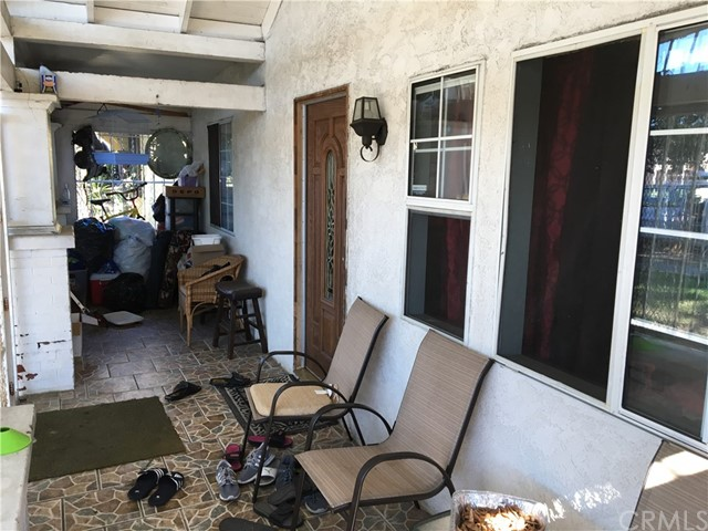 1039 W 62nd St, Los Angeles, CA 90044 Photo 5