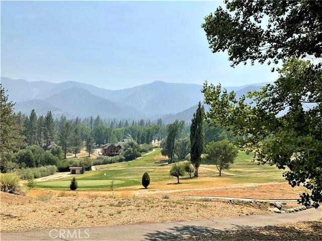 16425 Huron Drive, Pine Mountain Club CA: http://media.crmls.org/medias/531d2b34-e829-416a-a00f-605f1bbe2942.jpg
