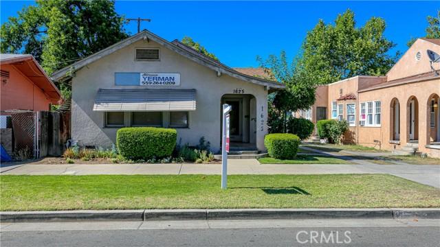 1625 E Olive Avenue, Fresno CA: http://media.crmls.org/medias/53320ee2-f9b6-4ed2-ba0b-8add1714a0bf.jpg