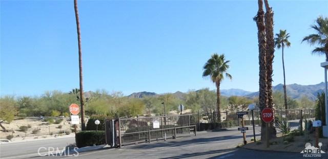 7 Circle A Drive, Palm Desert CA: http://media.crmls.org/medias/5335f04d-a177-41c6-94ba-10e0211e0072.jpg