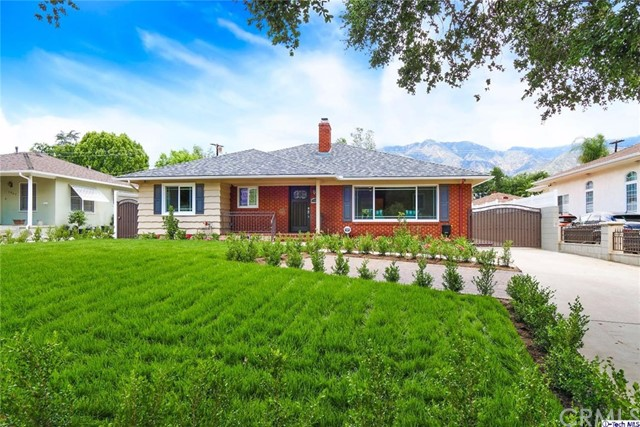 Single Family Home for Sale at 1955 Brigden Road Pasadena, California 91104 United States