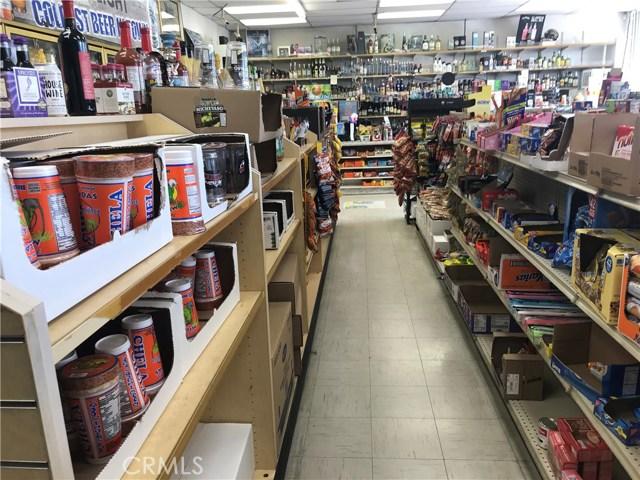 13916 Valley Boulevard, La Puente CA: http://media.crmls.org/medias/53533d98-6bb0-4f25-a98f-1b05413aa4ac.jpg