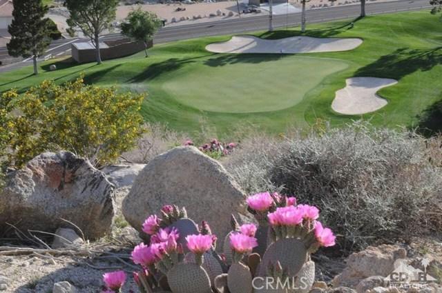 9351 Brookline Avenue, Desert Hot Springs CA: http://media.crmls.org/medias/535781cb-ab55-4f99-b20c-b6109e90c8b3.jpg
