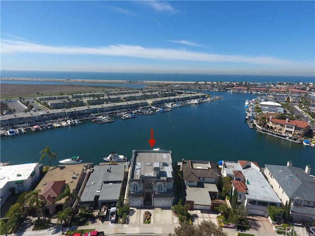 Photo of 16989 Edgewater Lane, Huntington Beach, CA 92649
