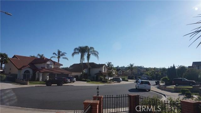 13745 Moonshadow Place, Chino Hills CA: http://media.crmls.org/medias/5377f921-2fe5-4cd3-8011-8bb5011187b7.jpg