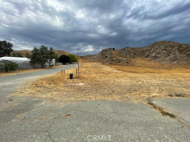 12 McGehee Drive, Moreno Valley CA: http://media.crmls.org/medias/537b6bdb-0615-422b-9183-da4a605df925.jpg