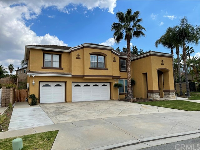 Photo of 3187 Pinehurst Drive, Corona, CA 92881
