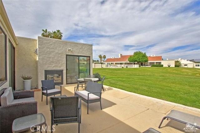 34868 Mission Hills Drive, Rancho Mirage CA: http://media.crmls.org/medias/53804e35-7e7b-4231-a5c7-cd2d8f19944f.jpg