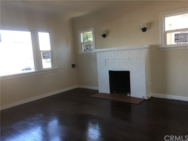 1417 Gundry Avenue, Long Beach CA: http://media.crmls.org/medias/53853bb0-2da9-40c0-997b-7b1163f4749d.jpg