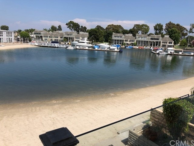 16372  Ardsley Circle, Huntington Harbor, California