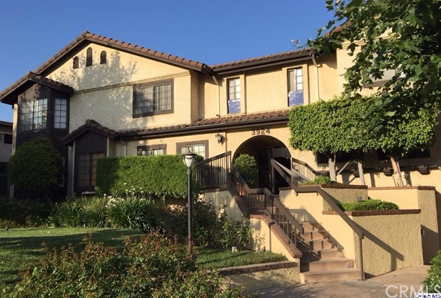 Condominium for Rent at 3924 Park Place Montrose, California 91020 United States