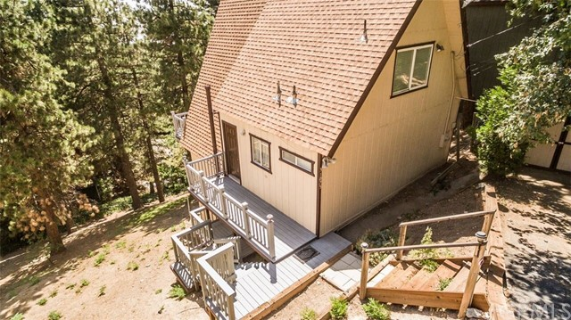 31075 Summit Drive Running Springs Area, CA 92382 - MLS #: EV17198847