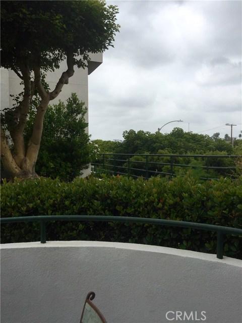 2950 Neilson Wy, Santa Monica, CA 90405 Photo 8