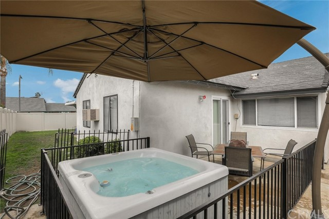 2100 Heather Lane, Brea CA: http://media.crmls.org/medias/53b22b28-871a-4d96-a4a3-34370e78ac40.jpg
