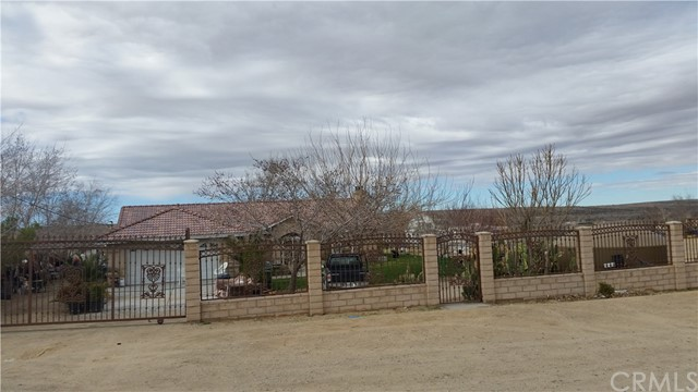 Single Family Home for Sale at 24484 Ledbury Rd Oro Grande Oro Grande, California 92368 United States
