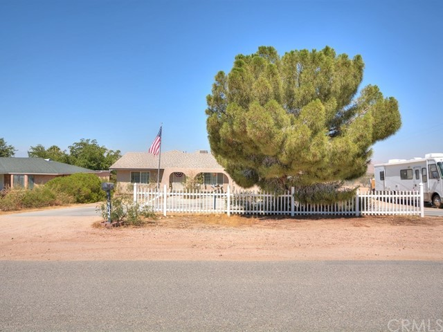 17492 Mesquite Road, Apple Valley, CA - USA (photo 1)