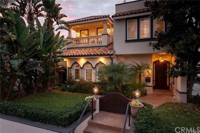 333 Poppy Ave  Corona del Mar, CA 92625