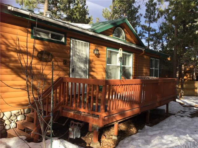 Single Family Home for Sale at 761 Los Angeles Avenue Big Bear City, California 92314 United States