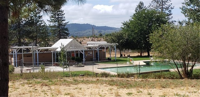 15230 Summit Boulevard, Cobb CA: http://media.crmls.org/medias/53e70c13-3987-4a95-bdda-0cd5e2fc0726.jpg