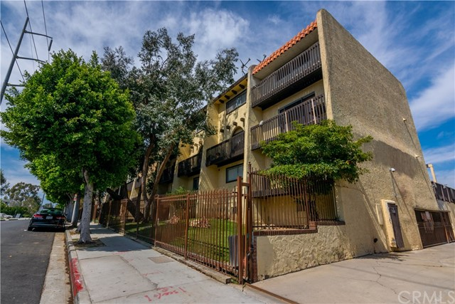 730 N Eucalyptus Avenue Unit 16 Inglewood, CA 90302 - MLS #: DW18134442