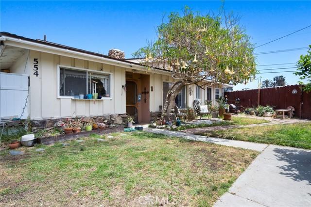 558 Joann Street, Costa Mesa CA: http://media.crmls.org/medias/5417b315-190e-4c85-94d1-4b3ae368822e.jpg