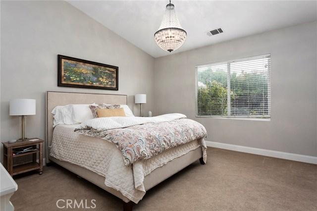40232 Saddlebrook Street, Murrieta CA: http://media.crmls.org/medias/5422dc3f-107c-4ae3-bfc1-ea570437be06.jpg