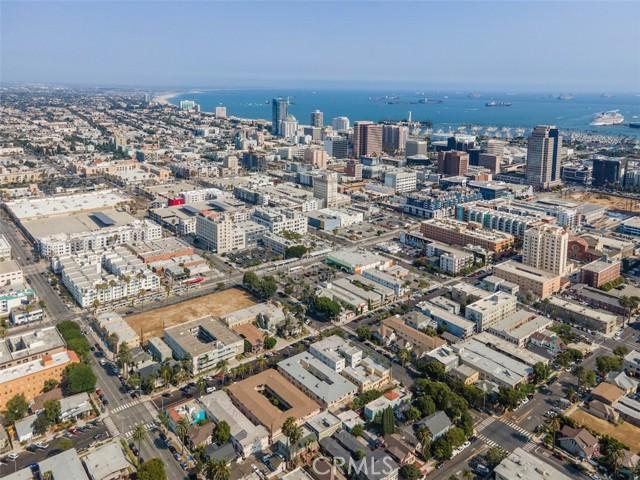 519 Cedar Avenue, Long Beach CA: http://media.crmls.org/medias/54316f71-d7ce-4efd-80ae-3ced1eafcc37.jpg